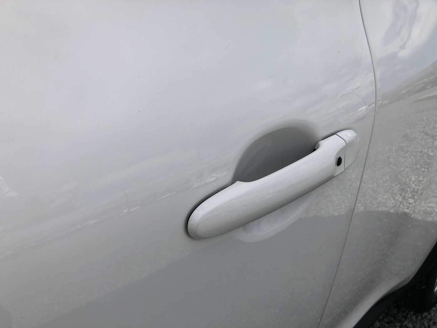 Nissan Juke 1.2 DIG-T N-Connecta 5-Door Hatchback